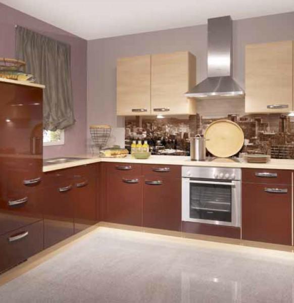 кухня с фартуком.3