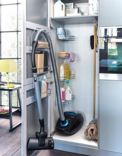 шкаф для уборки