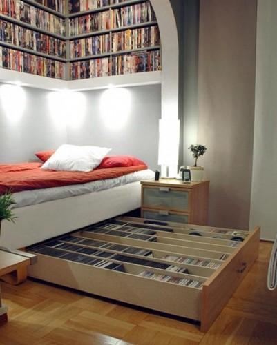 кровать с большим выдвижным я щиком