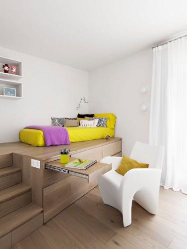 подиум для кровати с выдвижным столом