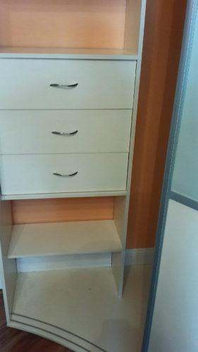 радиусный шкаф купе ваниль плюс фисташка 3